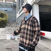 男士毛衣男生寬鬆情侶格子v領毛衣韓版套頭針織衫秋冬季慵懶風加厚超 麥吉良品
