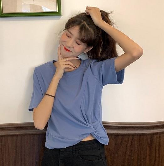 EASON SHOP(GW5950)韓版斜邊扭結短版露肚臍圓領短袖T恤女上衣修身內搭衫落肩素色棉T恤閨蜜裝綠紫藍