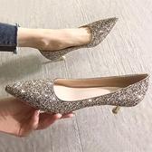 結婚鞋子水晶新娘2020年新款百搭銀色婚紗伴娘高跟鞋細跟尖頭單鞋