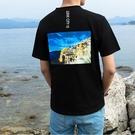 找到自己 MD 日系 男 時尚潮流 休閒 寬鬆 後背特色建築印花 短袖T恤 特色短T