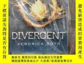 二手書博民逛書店Divergent罕見[平裝] [分歧者]185017 Vero