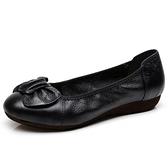 皮鞋 媽媽鞋軟底女真皮春秋皮鞋單鞋舒適百搭平底防滑老人鞋豆豆鞋女鞋  曼慕