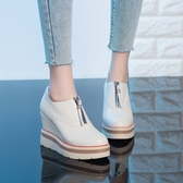 手工真皮女鞋34~40 2020新款韓版頭層牛皮前拉鍊厚底內增高鞋~3色