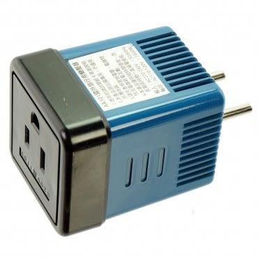 旅行用變壓器(1600W/220變110V)