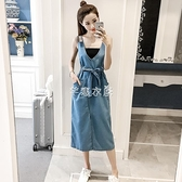 吊帶裙 2021春季新款網紅背帶長裙V領露背寬鬆吊帶長款仙女牛仔洋裝潮 快速出貨