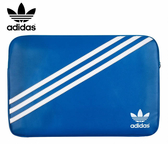 【正品 adidas 愛迪達】13吋/15吋 以下通用-藍底白線 經典斜紋 三葉草筆電包/平板/運動防摔/MacBook