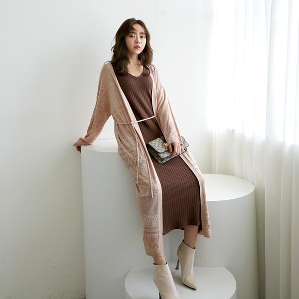 MIUSTAR V領粗坑條彈力針織長版背心洋裝(共3色)【NH2342】預購