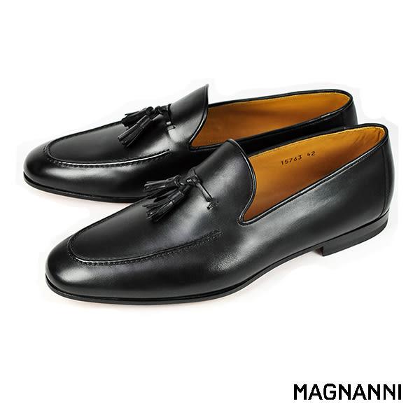 【MAGNANNI】流蘇樂福紳士皮鞋 黑色(15763-BL)