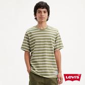 Levis 男款 重磅短袖T恤 / 經典雙馬布標 / 軍綠條紋