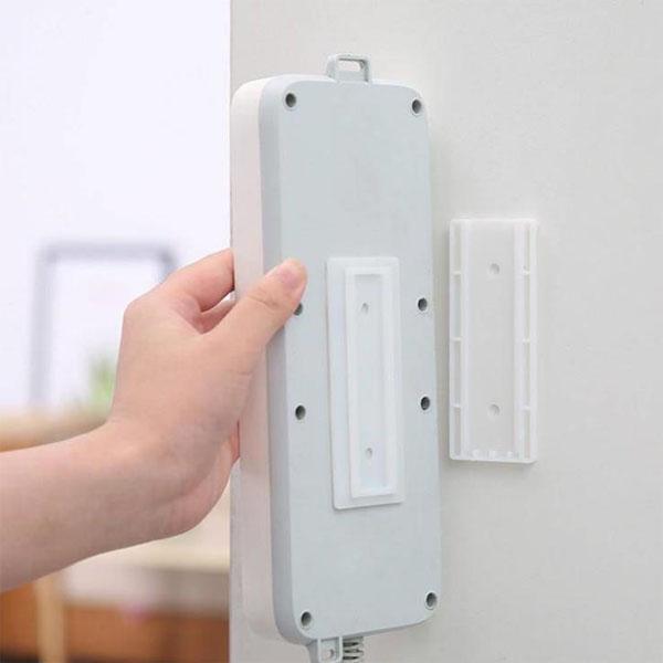 1入 強力排插固定器 延長線固定器 免打孔 插座固定壁掛器 強力無痕粘貼式【SV6961】BO雜貨
