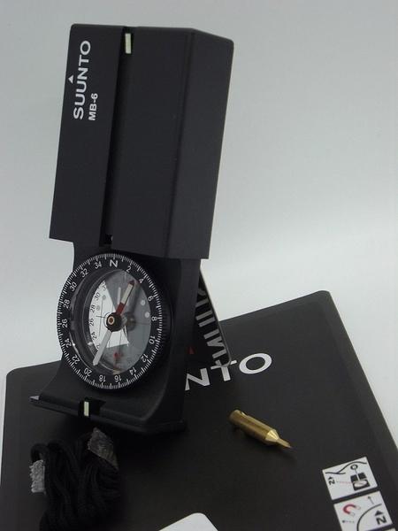 ::bonJOIE:: 美國進口 芬蘭製 Suunto MB-6 NH Compass 專業地圖 指北針 (盒裝) 指南針 MB6 登山 健行 露營