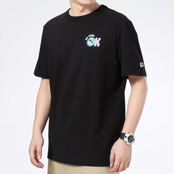 PUMA 上衣 短T DOWN TOWN 黑色 BE COOL OK LOGO T恤 短袖 男 (布魯克林) 53133501