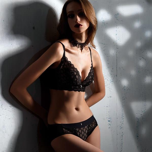 【LADY】闇夜天使系列 調整型無鋼圈 B-F罩內衣(透視黑)