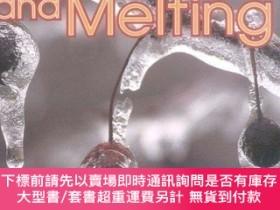 二手書博民逛書店Freezing罕見and Melting (First Step Nonfiction)-凍結和熔化(第一步非虛