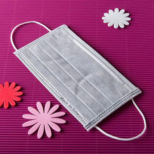 【雨晴牌-抗UV四層活性碳不織布口罩】(A級高效能) 防廢棄味佳 SGS合格 抗UV99% 防豪大雨佳