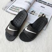 【現貨】NIKE WMNS Kawa Shower Slide 防水 拖鞋 黑色白勾 雨天必備 不發臭 不潮濕 832528-001