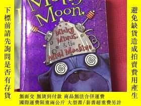 二手書博民逛書店Molly罕見Moon, Micky Minus, & the
