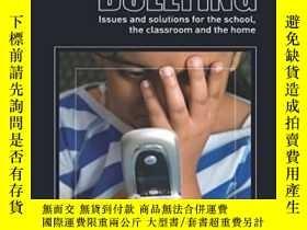 二手書博民逛書店Cyber-bullying:罕見Issues And Solu