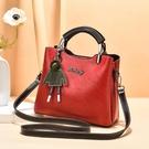 女包包2020新款潮百搭手提包簡約大容量水桶包時尚中包單肩斜挎包「時尚彩紅屋」