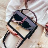 手提包女 chic女包包2018夏季新款韓版撞色漆皮手提小方包少女百搭斜背小包 芭蕾朵朵