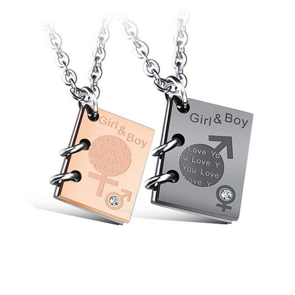 【5折超值價】  情人節禮物最新款時尚精美創意鑲鑽男女符號吊牌造型情侶款鈦鋼項鍊