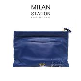 【台中米蘭站】PRADA 深藍色羊皮前拉鍊手拿包