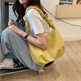包包女2020新款褶皺單肩包云朵包托特包百搭軟皮純色大容量包 【夏日新品】
