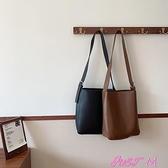 子母包包包女2021新款潮韓版休閒簡約子母包百搭側背斜背包大容量水桶包 JUST M