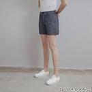 【GIORDANO】 女裝素色休閒卡其短褲 - 88 青年布藍