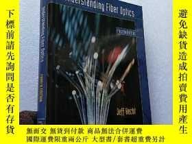 二手書博民逛書店Understanding罕見Fiber Optics Four