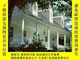 二手書博民逛書店The罕見Designs of William E. Poole: 70 Romantic House Plans