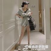 夏季韓版連帽寬鬆復古直筒百搭抽繩顯瘦高腰闊腿連身休閒短褲女裝 聖誕節全館免運
