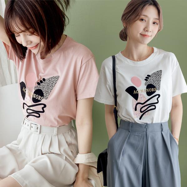【天母嚴選】多元素抽象圖形燙金英文造型T恤(共三色)