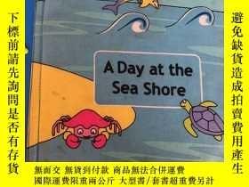 二手書博民逛書店A罕見day at the sea shore 布書 立體3D造型書Y199262