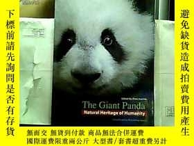 二手書博民逛書店The罕見Giant Panda NATURAL HERITAG