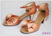 節奏皮件~國標舞鞋拉丁鞋款編號A6525 緞面鑲鑽舞鞋膚緞色