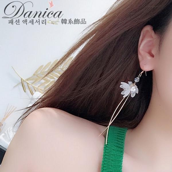 耳環 現貨 韓國浪漫仙女幾何花朵水晶不對稱耳環S92915 批發價 Danica 韓系飾品 韓國連線