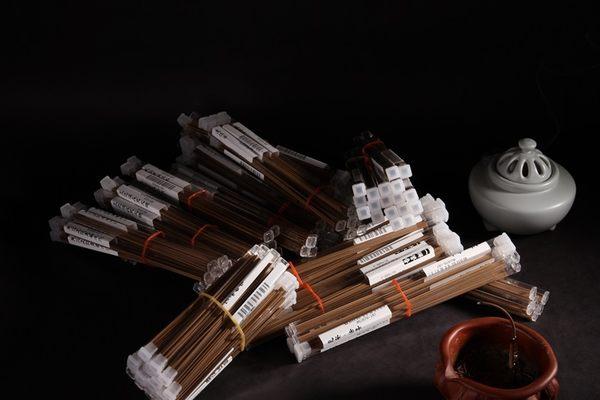 樣品組合包 臥香TSC-10三香 沉香 檀香 環保 無毒 越南 香道 紅土 奇楠 普洱茶 〔三香堂沉香〕