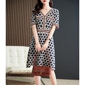 洋裝 大碼連身裙小香名媛收腰顯瘦氣質撞色菱形格紋亮絲針織連身裙D303A快時尚