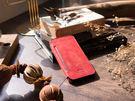 alto iPhone X 側翻式皮革手機套 5.8吋 Foglia - 珊瑚紅【可加購客製雷射雕刻】