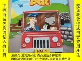 二手書博民逛書店Colouring罕見time with postman pat:塗色時間與郵遞員帕特Y212829