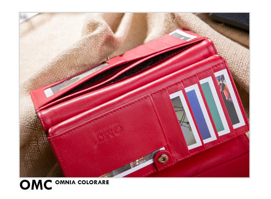 OMC - 韓國專櫃品牌立體楓葉真皮款兩折式多收納長夾- 質感紅