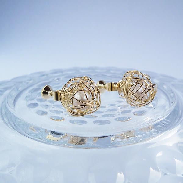 耳環 流行珍珠鏤空繡球 耳夾 i917ღ