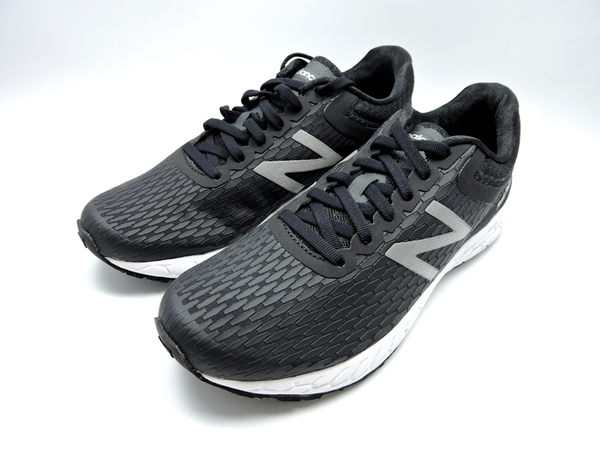 NEW BALANCE 黑白輕量慢跑鞋 女款 NO.WBORABK3