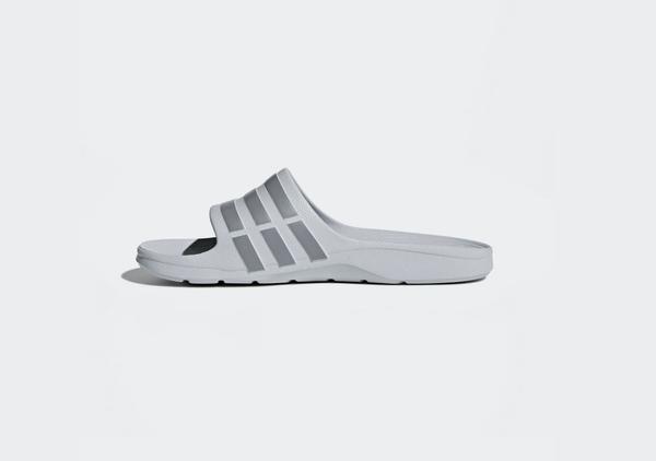 Adidas DURAMO SLIDES 男女款灰色休閒涼拖鞋-NO.B44298