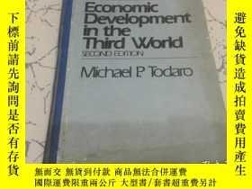 二手書博民逛書店economic罕見development in the thi