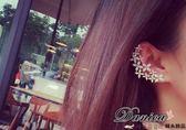 耳環 現貨 正韓女神風采超美微鑲爆閃流星花朵 不對稱 鋯石 銀針耳環耳夾 S92165 Danica 韓系飾品