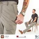 【NST Jeans】淺灰細條紋 斜口袋男彈性休閒褲-中腰直筒 398(66678)台灣製