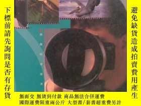 二手書博民逛書店罕見相機與鏡頭--實用的攝影技巧Y9721 ROGER HICK