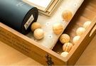 現貨-5顆裝 衣櫥防蟲防蛀香熏木球 除臭芳香球 香木珠 夏日防蚊蟲【A074】『蕾漫家』
